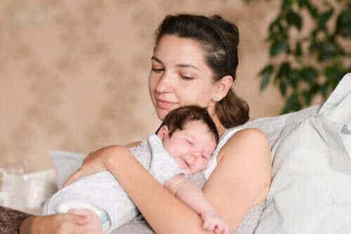 Hva du trenger for å ta babyen din med hjem fra sykehuset