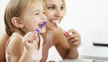Hvordan ta vare på barnets melketenner