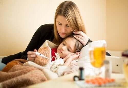 Vokser barn når de har feber?
