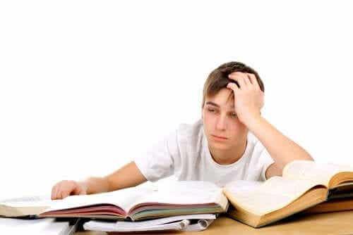 Er det bra eller dårlig å tvinge barn til å studere?