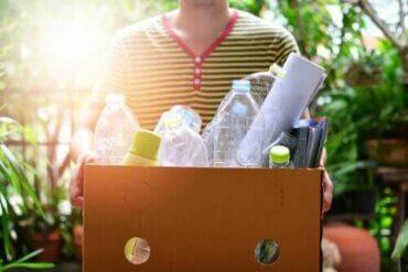 Formingsaktiviteter med plastflasker