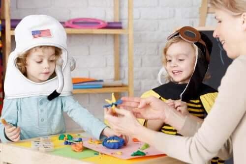 Heuristisk lek: Oppdage, eksperimentere og utforske