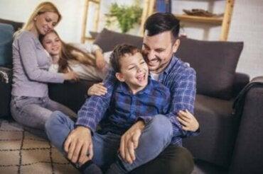 Aktiviteter for å jobbe med språklig kompetanse hjemme