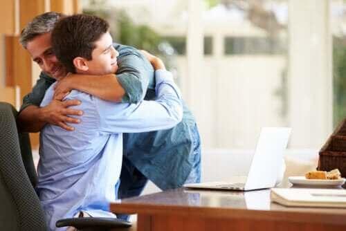 13 nøkler til å få et godt forhold med tenåringen