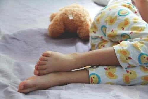 Nattlig sengevæting hos barn: Hva du bør vite