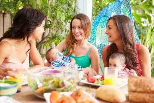 Å være i en støttegruppe for mødre kan hjelpe deg å være mor