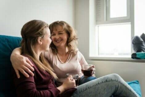 Fordelene ved å ha en positiv diskusjon med barnet ditt