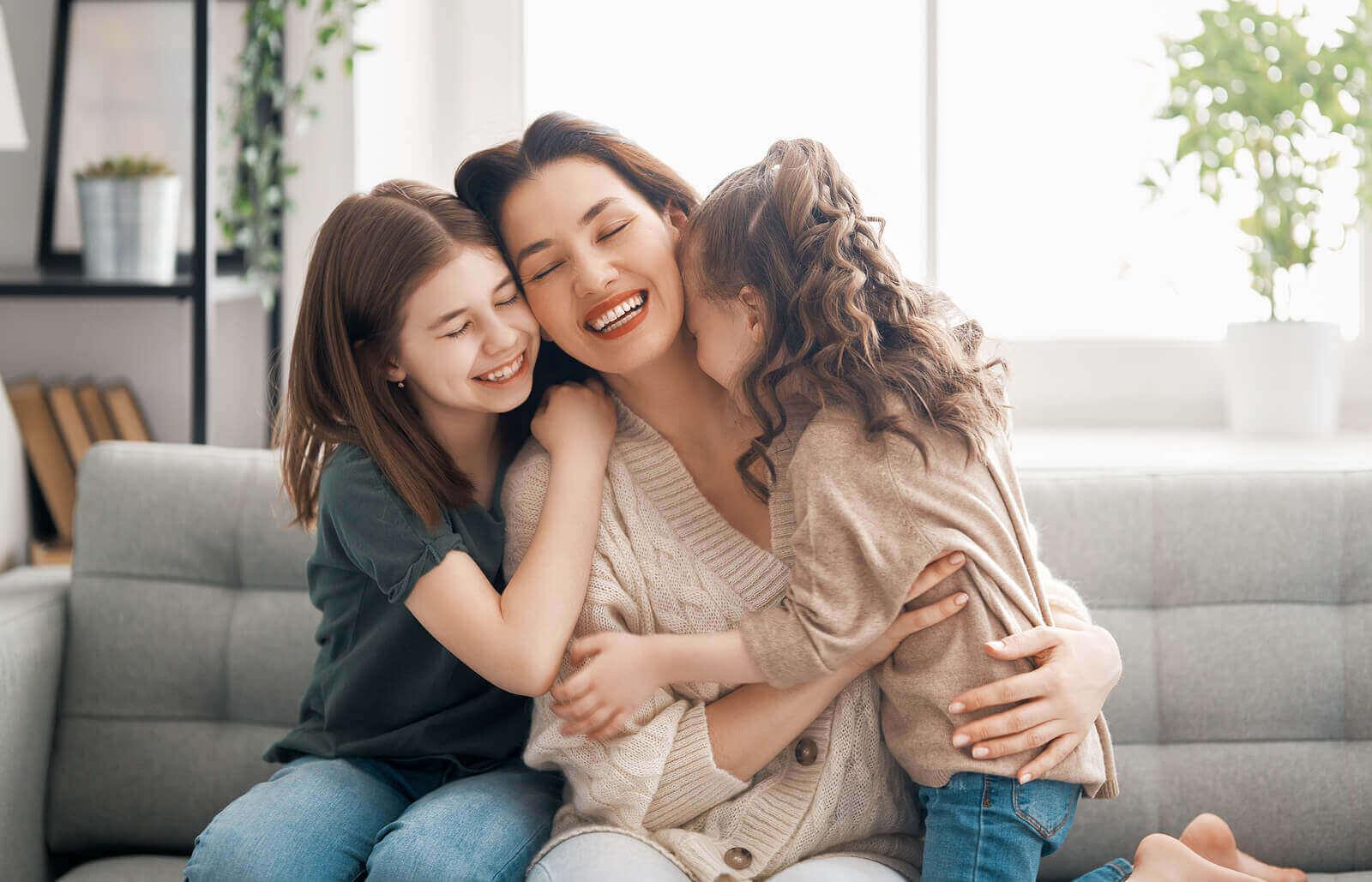 Viktigheten av fysisk kontakt i å oppdra barn