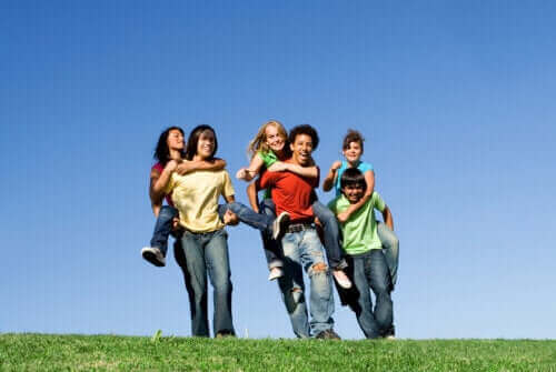 Innflytelsen sosial ønskverdighet har på ungdommer