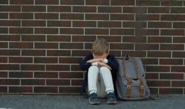 Hvordan handle i tilfelle av skolefobi