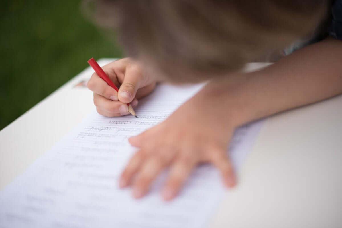 Lære å skrive med Montessori-metoden