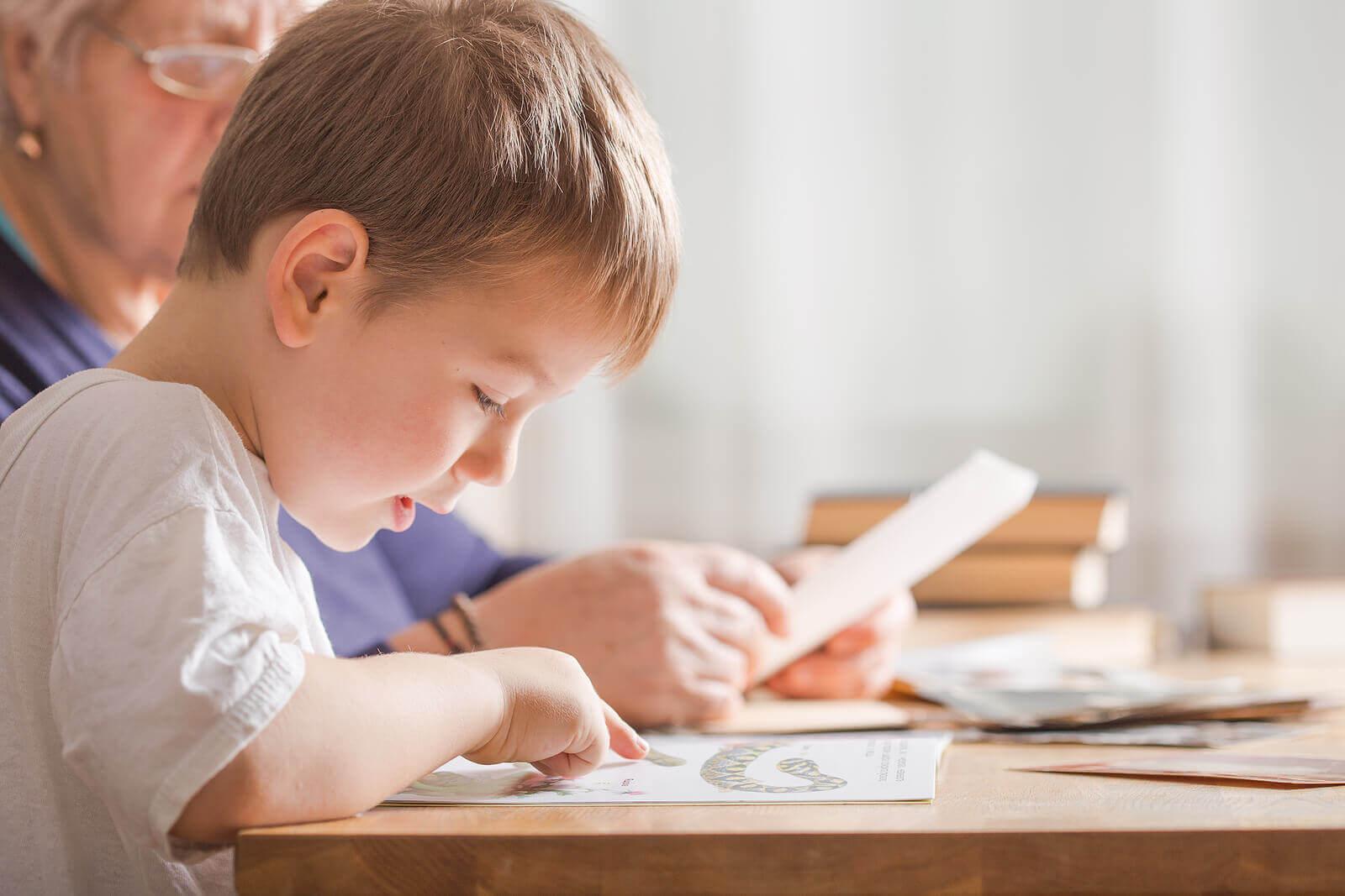 Metoder for å lære barn å lese og skrive