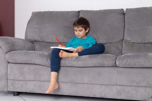 """""""Lykkeliste"""" for å lære barn å verdsette enkle ting"""