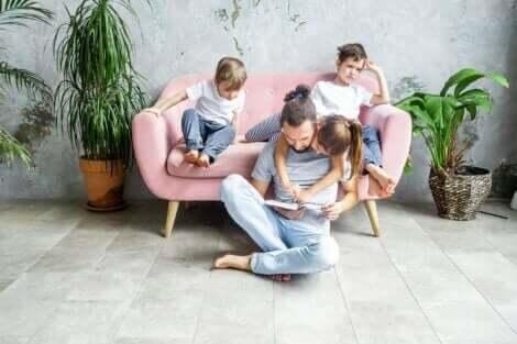 Hvordan hjelpe et barn med lærevansker å forstå lesing