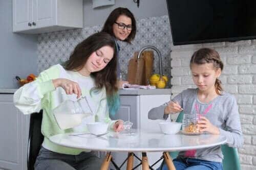 Risikoene ved å hoppe over frokost i ungdomsårene