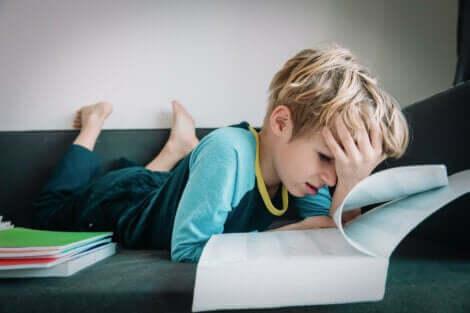 Tre øvelser for å holde deg rolig under eksamen
