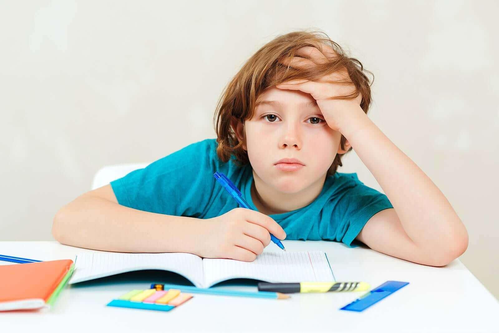 Lærevansker hos barn: Strategier for å hjelpe dem hjemme