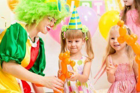 Temafester er ypperlig for både barn og voksne.
