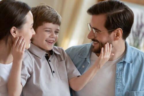 7 enkle måter å oppdra takknemlige barn på