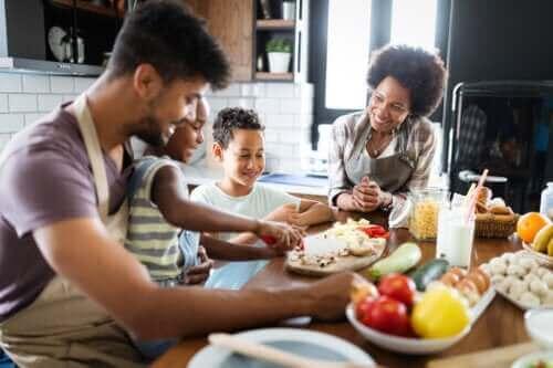Hvordan planlegge en sunn familie-meny