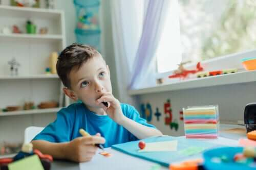 Ferdighetene alle små barn trenger å utvikle