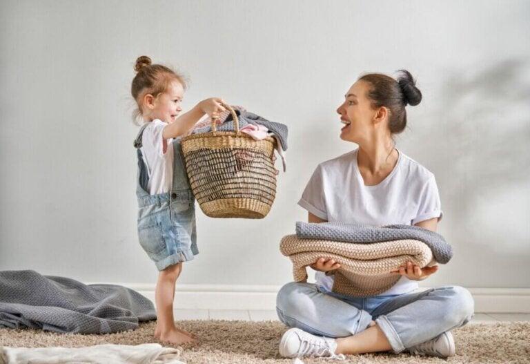 Oppgavemetoden: metoden for å få barna til å hjelpe til med husarbeid