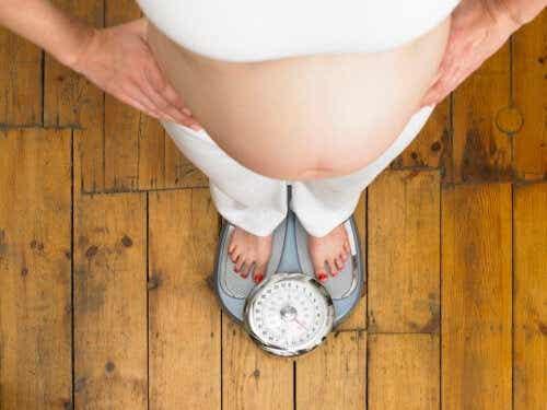 Hvordan gå ned i vekt under graviditet uten å påvirke babyen