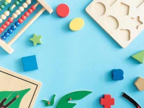 De beste lekene for å forbedre psykomotoriske ferdigheter for babyer